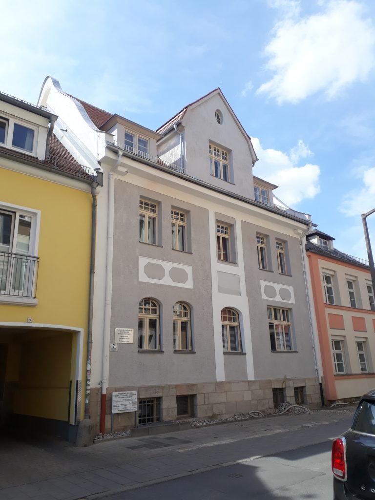Fassade unseres Gebäudes in der Turnstraße 7, Erlangen